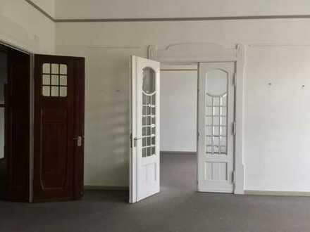 ***Repräsentative Büroetage in der Altstadt***