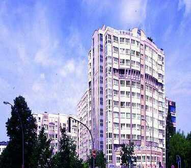 Moderne helle Dachgeschoss-Wohnung mit Panorama Blick - Nähe KadeWe