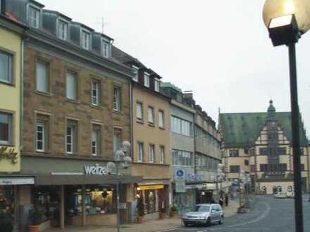 Helle großzügig geschnittene sanierte 4-Zimmer-Wohnung in Schweinfurt