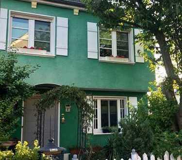 Günstiger Erwerb eines Einfamilienhauses durch Erbpacht in guter Wohnlage von Köln-Widdersdorf