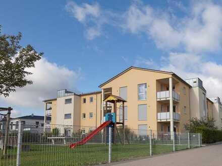 Schöne 4ZKB-Gartenwohnung mit zwei Terrassen in Göggingen