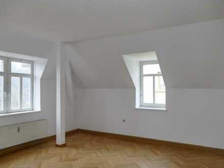 Großzügige 5-Zi-Altbauwohnung, 149 m², im Stadtteil Buchholz