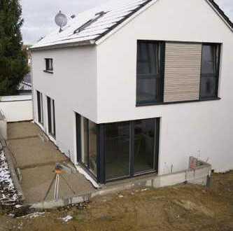 Freistehendes Einfamilienhaus in ruhiger Ortsrandlage