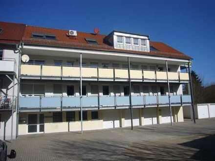 Aus Nachlass/Gebotsverfahren: 5-Zi.-ETW 91220 Schnaittach, Am Siechenberg 1a/2 Garagen / Blk./frei