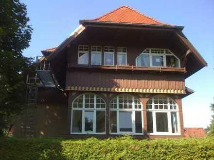 Historische Stadtvilla-Wohnung mit Garten im Rodgebiet