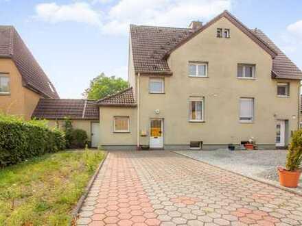 Doppelhaushälfte (Zechenhaus) mit großem Grundstück in Hamm Werries!
