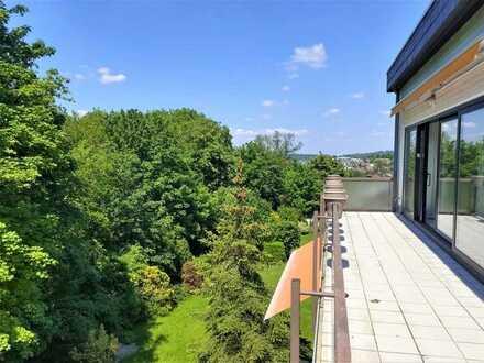 Wunderschön geschnittene Eigentumswohnung  mit Weitblick und großem Balkon