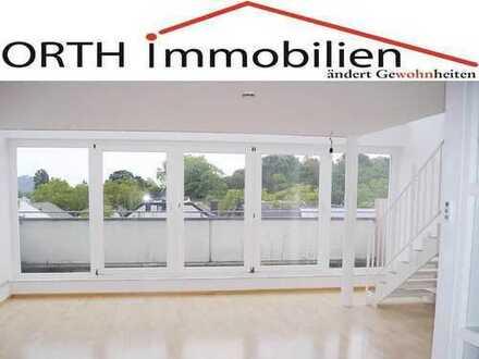 Moderne Galerie-4 Zimmer Wohnung im 4. OG, Panoramablick und Fußbodenheizung,