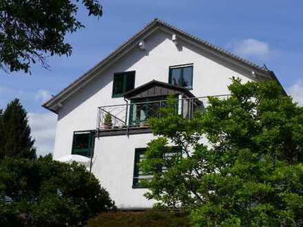 Gepflegte 4-Raum-Maisonette-Wohnung mit Balkon in Baden-Baden