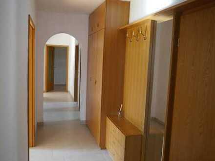 NEU renovierte 3-Zimmer-Wohnung in ruhiger zentraler Lage