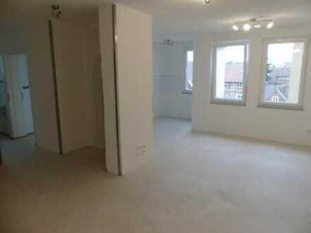Esslingen-Zentrum: Frisch sanierte 3-Zimmer Wohnung in guter Lage!
