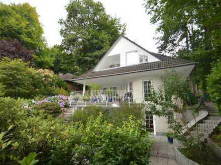 Repräsentatives Wohnhaus im Landhausstil im schönen Eißendorf - PROVISIONSFREI