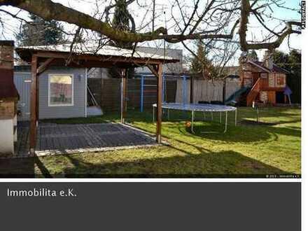 Perfekt für die ganze Familie - bezugsfreies EFH mit tollem Garten