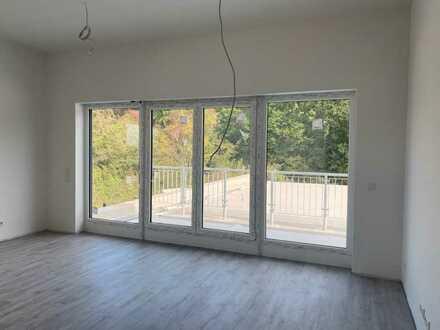 Attraktive, loftartige 2-Zimmer Neubauwohnung mit großer Terrasse