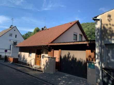 Einfamilienhaus mit Einliegerwohnung in Landstuhl