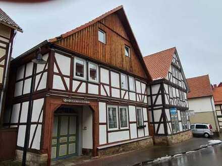 Fachwerkhaus mit 2 Wohneinheiten in zentraler Lage von Adelebsen