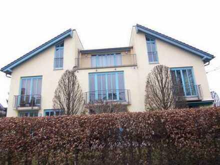 Schönes Reiheneckhaus mit fünf Zimmern in Rosenheim-Aisingerwies