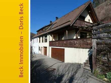 Barrierefreies Einfamilienhaus mit Aufzug, gr. Terrasse und zwei gr. Garagen