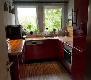 Idyllische 3,5 Zi-Wohnung mit Balkon UND Garten + EBK in Nürnberg