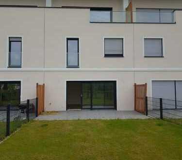 Einfamilienhaus NEUBAU mit 5 Zimmern und Garten in Teltow