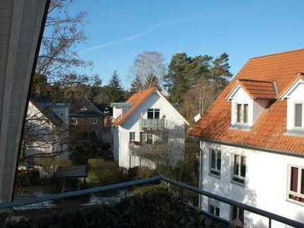 Ideale DG-Wohnung (2.OG) für Pendler/Paar in Hohen Neuendorf