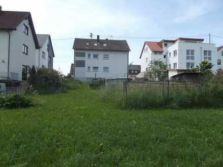 3-Familienhaus und bebaubares Grundstück, Garagen, auf insgesamt 905m Grundfläche in Gärtringen!