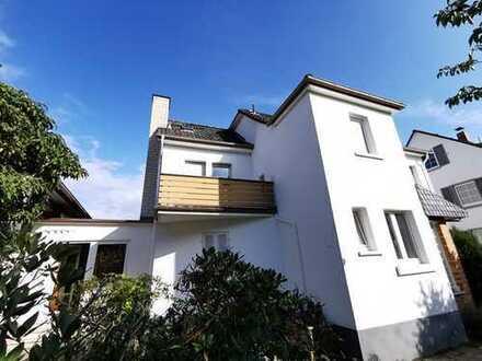 Darmstadt-Arheilgen! Freistehendes 1 Familienhaus mit vielen Möglichkeiten!