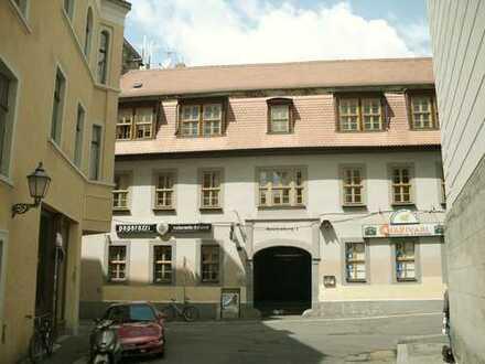 3-Zi. Wohnung in der Innenstadt von Halle (Saale)**in Uni-Nähe