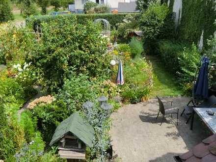 Einfamilienhaus mit großem Garten und ELW, denkmalgeschützt