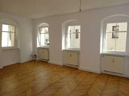 komplett neu hergerichtete Wohnung in bester Innenstadtlage!!!