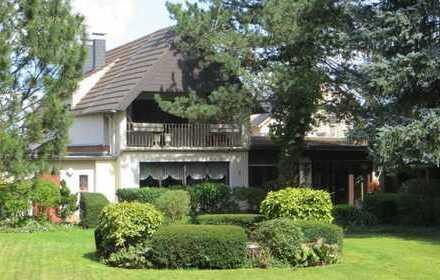 Großes Grundstück mit EFH in Bornheim