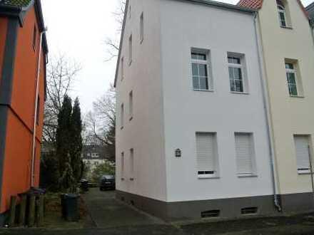 Sehr schönes und saniertes Drei Familienhaus in toller Wohnlage *Bochum-Langendreer**