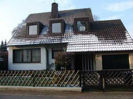 Geräumiges Ein- bzw. Zweifamilienhaus in Rösrath Forsbach zu verkaufen