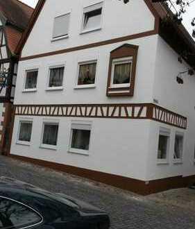Schöne drei Zimmer Wohnung in Südliche Weinstraße (Kreis), Annweiler am Trifels