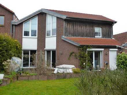 Gepflegtes Einfamilien Kettenhaus direkt am Domänental, Kiel, auf Zeit zu vermieten bis Juni 2022