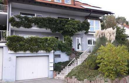 Schöne drei Zimmer Wohnung in Neustadt an der Weinstraße, Hambach