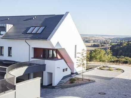 TAUNUSBLICK - Exklusive Architektenwohnung in malerischer Aussichtslage von Gückingen