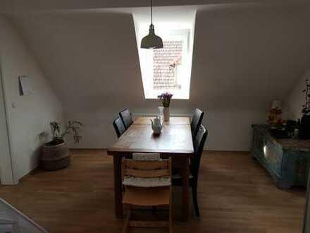 Sanierte 4-Zimmer Altbau DG-Wohnung mit Balkon in Achern