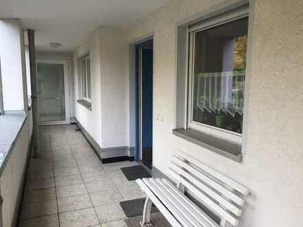 Gepflegte 3-Zimmer-Hochparterre-Wohnung mit Terrasse am Rand der Fußgängerzone in Hagen-Hohenlimburg