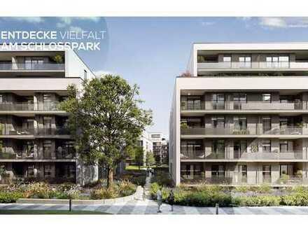 Erstbezug: Helle 3 Zimmer Neubauwohnung mit großem Balkon, direkt am Schlosspark