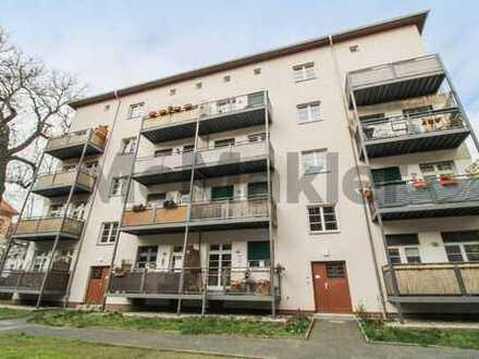 Helle vermietete 2-Zimmer-Wohnung mit Balkon in ruhiger Lage
