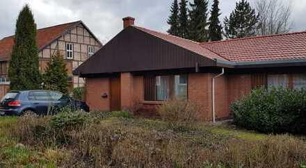 Schöner Bungalow, groß, ruhig und dennoch Zentral, in Bad Gandersheim