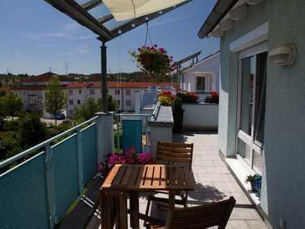 *großartige 4,5 Zimmer Wohnung mit viel Platz & rundum Terrasse in Magstadt*