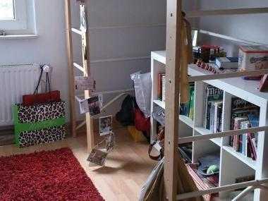 12m²-Zimmer in voll ausgestatteter 3,5-Zimmer Wohnung