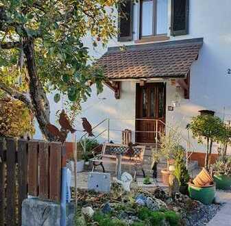 Charmantes 50er Jahre Haus in guter ruhiger Lage