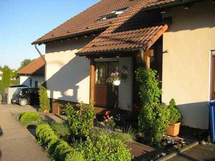 Freundliche 1-Zimmer-Wohnung mit schöner Terrasse