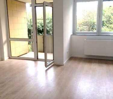 3 Zimmerwohnung mit Tageslichtbad nach Sanierung bezugsfertig