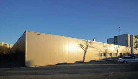Gersthofen, neu saniert, 4 Produktions-/Lagerhallen und 1 Bürofläche
