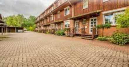 Gepflegte 4-Zimmer-EG-Wohnung mit Balkon und EBK in Elmshorn Süd