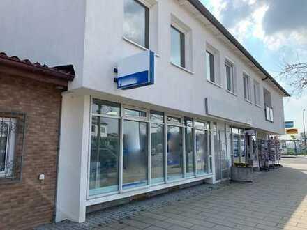 73207 Plochingen-Stumpenhof: zentrale 1A-Lage in Geschäftsstraße Ladengeschäft, Praxis oder Büro